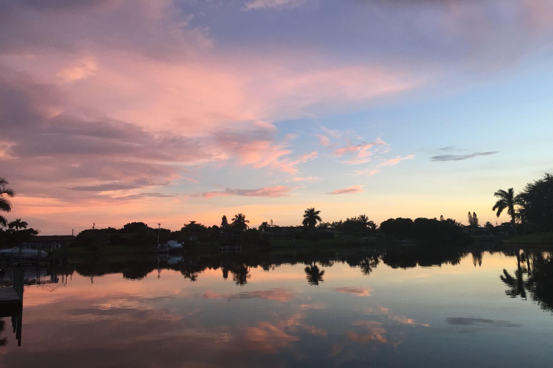 Diesen Ausblick geniessen Sie am Bootssteg des Ferienhaus Coral Belle in Cape Coral Florida
