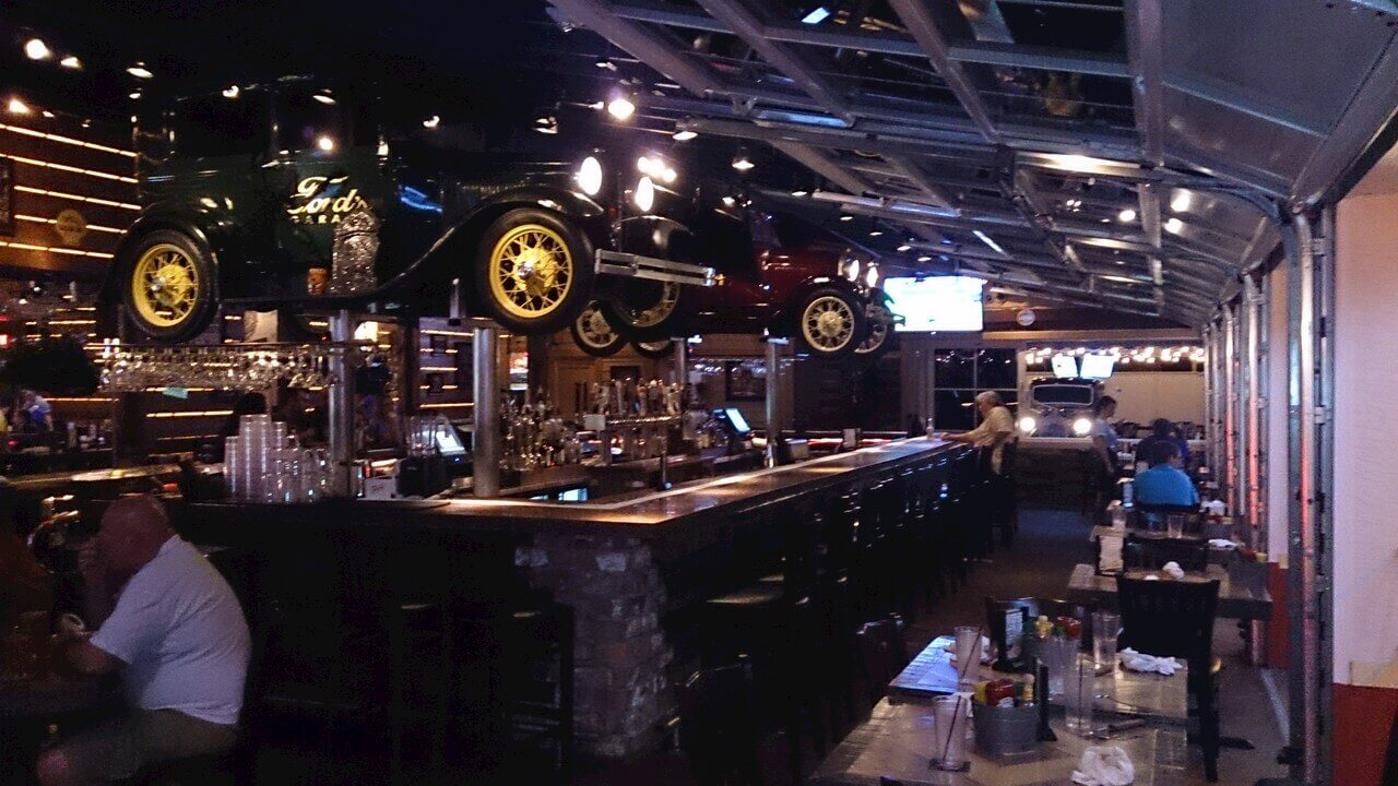 Dining in cape coral and surrounding area fords garage villa coral belle - Ford garage restaurant cape coral ...