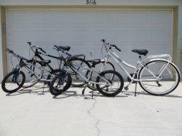 Diese Fahrräder stehen Ihnen im Ferienhauses Coral Belle in Cape Coral zur Verfügung